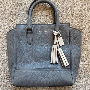 Authentic Coach Small Bucket Bag